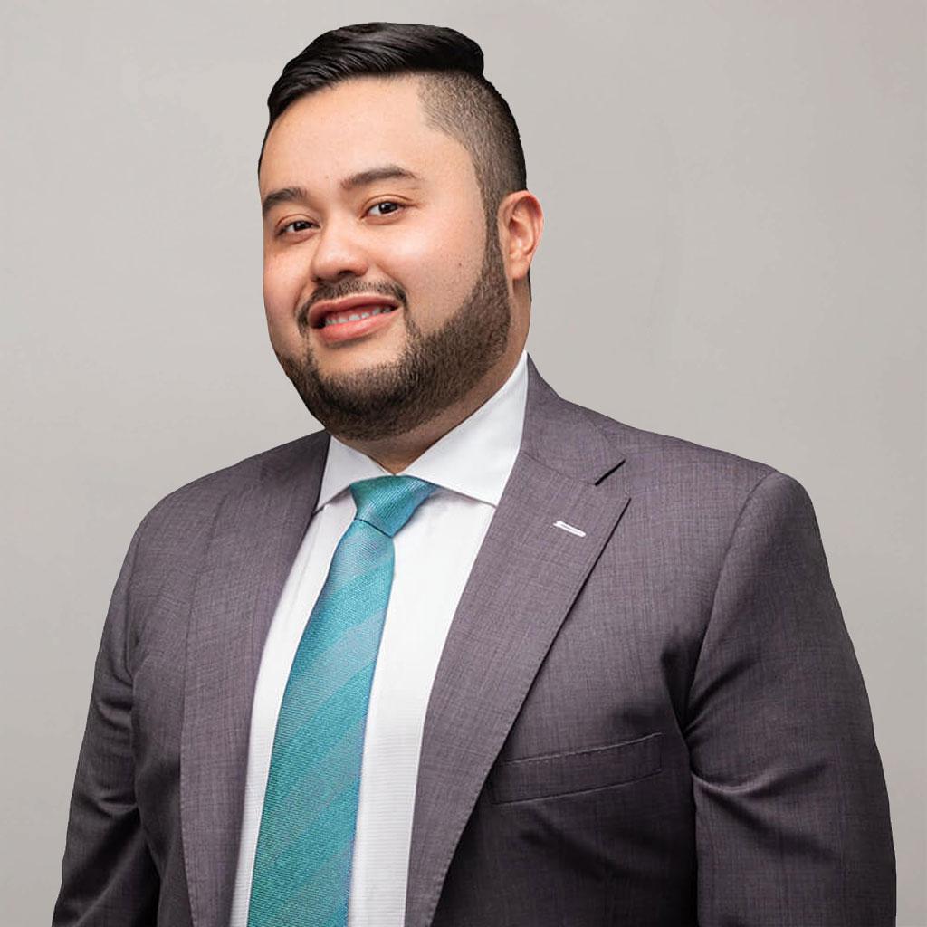Luis A. Virguez, Esq Abogado Fundador Y Principal Virguez Law